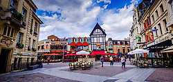 Street scene with lots of cafes and restaurants in the centre of the town of Saint-Quentin, France<br /> <br /> (c) Andrew Wilson   Edinburgh Elite media