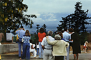 CS00263-06. Portlanders view the eruption of Mt. St. Helens on May 18, 1980.