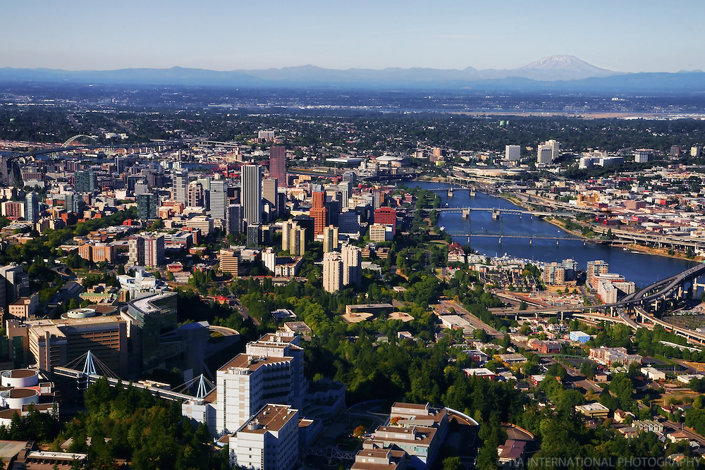 City of Portland featuring Oregon Health & Science University (OHSU) with Mount St. Helens (2)
