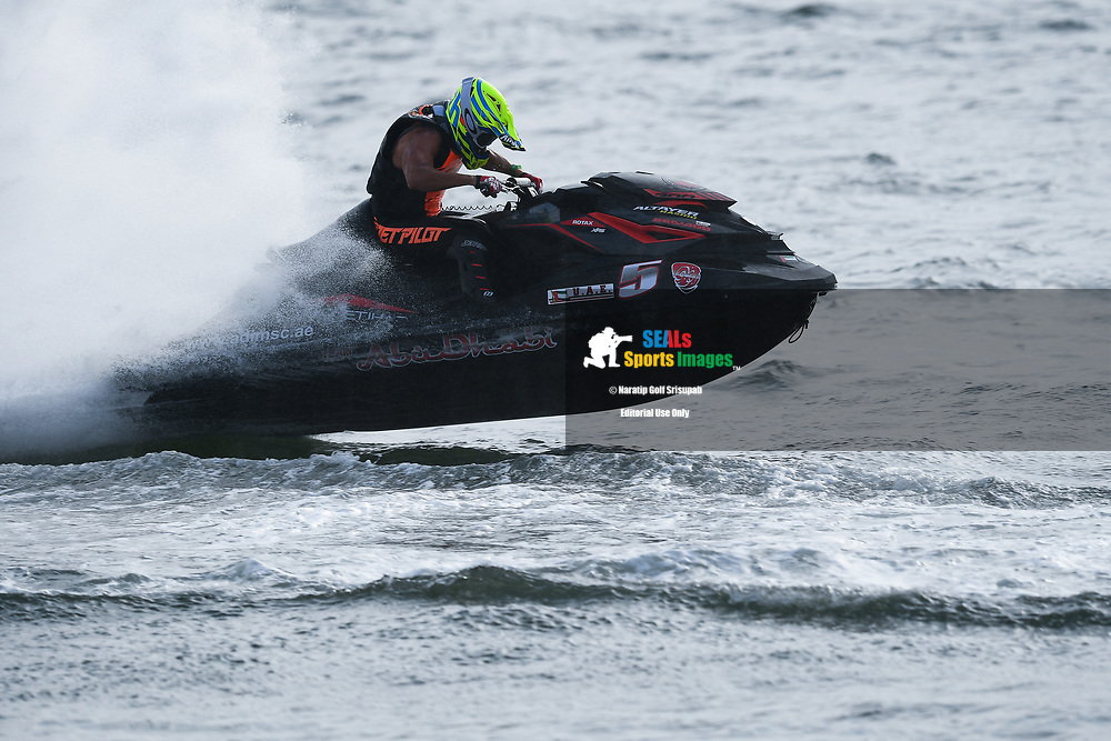 PATTAYA, THAILAND - DECEMBER 09: Rashed Altayer (UAE5) of United Arab Emirates and Abu Dhabi in action during the Pro Runabout GP Moto4 at the Thai Airways International Jet Ski World Cup 2018, Jomtien Beach, Pattaya, Thailand on December 09, 2018. <br /> .<br /> .<br /> .<br /> (Photo by: Naratip Golf Srisupab/SEALs Sports Images)<br /> .<br /> Any image use must include a mandatory credit line adjacent to the content which should read: Naratip Golf Srisupab/SEALs Sports Images