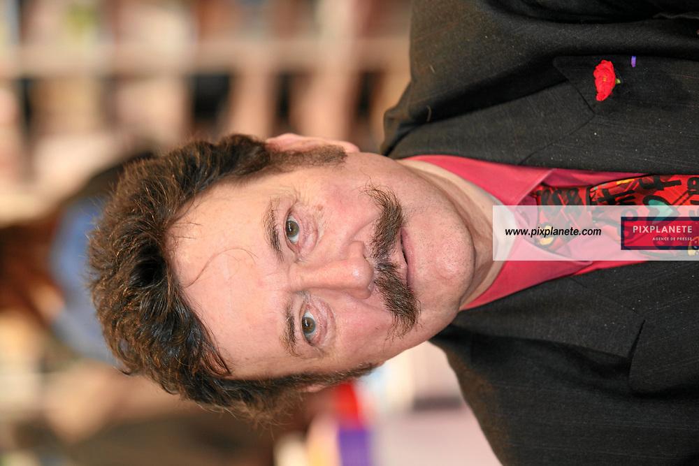 Docteur Houdret - Salon du livre - Paris, le 25/03/2007 - JSB / PixPlanete