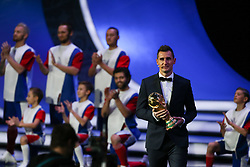 December 1, 2017 - Moscow, Russia - Miroslav Klose holds the World Cup trophy on stage before the Final Draw for the 2018 FIFA World Cup at the State Kremlin Palace on December 01, 2017 in Moscow, Russia. (Credit Image: © Igor Russak/NurPhoto via ZUMA Press)