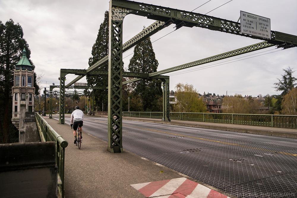 Montlake Bridge (April 5, 2020).