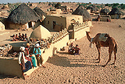 INDIA, RAJASTHAN Desert village near Jaisalmer