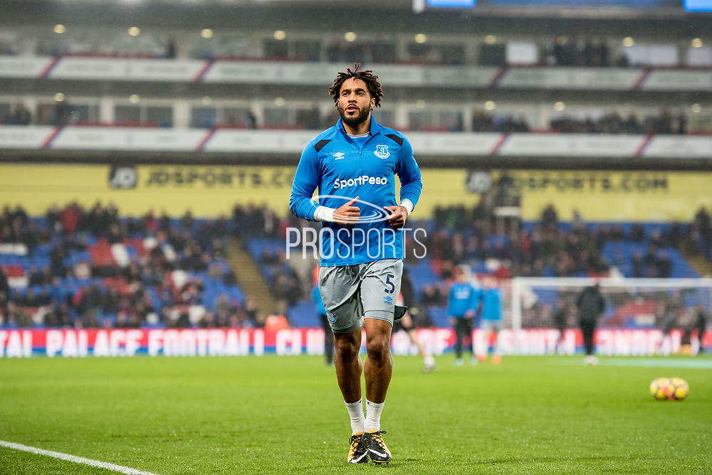 Everton (5) Ashley Williams during the Premier League match between Crystal Palace and Everton at Selhurst Park, London, England on 18 November 2017. Photo by Sebastian Frej.