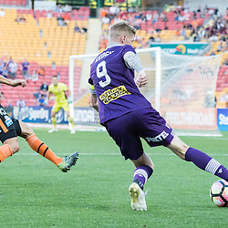 BRISBANE, AUSTRALIA - OCTOBER 30: Andy Keogh of the Glory crosses the ball during the round 4 Hyundai A-League match between the Brisbane Roar and Perth Glory at Suncorp Stadium on October 30, 2016 in Brisbane, Australia. (Photo by Patrick Kearney/Brisbane Roar)
