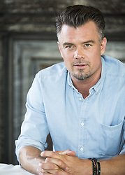 June 18, 2017 - London, United Kingdom - JOSH DUHAMEL promotes 'Transformers: The Last Knight' Joshua David Duhamel (born November 14, 1972) is an American actor and former fashion model. He made his acting debut on daytime soap opera All My Children and later starred on 'Las Vegas.' Duhamel then ventured into film, appearing as one of the main protagonists in the first three films of the Transformers film series; reprising his role in the fifth film, Transformers: The Last Knight (2017). He has also appeared in When in Rome (2010), Life as We Know It (2010), New Year's Eve (2011), Safe Haven (2013), and You're Not You (2014). Simon vs. The Homo Sapiens Agenda, Unsolved (TV), Transformers: The Last Knight, CHIPS, This Is Your Death, The Institute. (Credit Image: © Armando Gallo via ZUMA Studio)