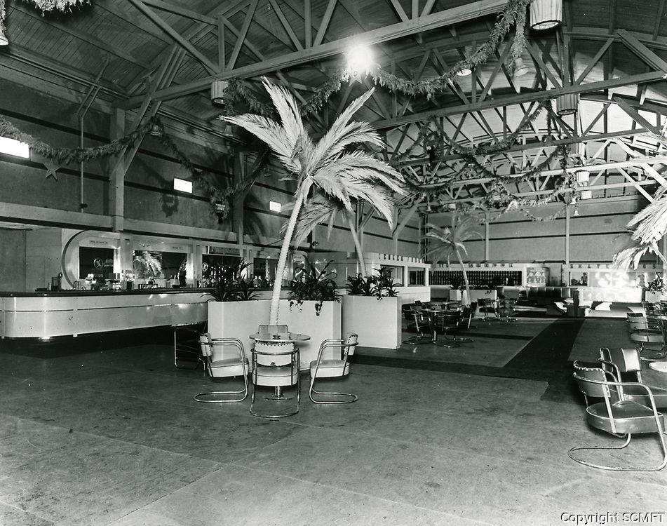 1938 Lounge area in The Pan-Pacific Auditorium