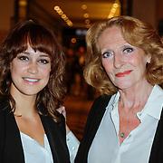 NLD/Amsterdam/20120908 - Modeshow wintercollectie Mart Visser 2012 / 2013, Anouk Maas en Gerrie van der Kleij