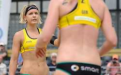 16-07-2014 NED: FIVB Grand Slam Beach Volleybal, Apeldoorn<br /> Poule fase groep G vrouwen - Laura Ludwig (1) GER