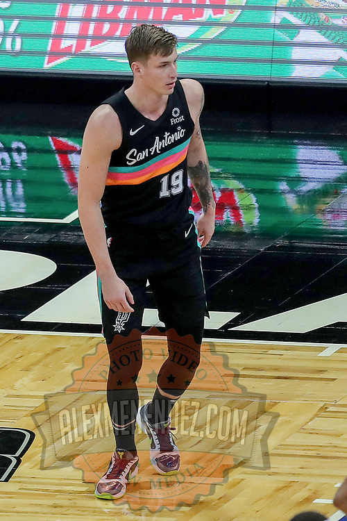 ORLANDO, FL - APRIL 12: Luka Samanic #19 of the San Antonio Spurs runs up the court against the Orlando Magic at Amway Center on April 12, 2021 in Orlando, Florida. NOTE TO USER: User expressly acknowledges and agrees that, by downloading and or using this photograph, User is consenting to the terms and conditions of the Getty Images License Agreement. (Photo by Alex Menendez/Getty Images)*** Local Caption *** Luka Samanic