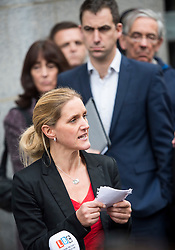 © Licensed to London News Pictures. 23/11/2016. London, UK. Jo Cox's sister Kim Leadbeater reads a statement in front of Brendan Cox, outside the Old Bailey in London where a guilty verdict was returned in the murder trial of Labour MP Jo Cox. Thomas Mair was found guilty of shooting and stabbing the mother-of-two in Birstall, West Yorkshire, on 16 June. Photo credit: Ben Cawthra/LNP