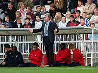 Photo: Andrew Unwin.<br />Hartlepool Utd v Swansea. Coca Cola League 1.<br />17/09/2005.<br />Swansea's manager, Kenny Jackett, appeals against a decision.
