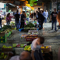 Fruit sellers in the Old City of Jerusalem at Damascus Gate
