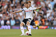 Tom Cairney of Fulham in action. Skybet EFL championship match, Fulham v Newcastle Utd at Craven Cottage in Fulham, London on Friday 5th August 2016.<br /> pic by John Patrick Fletcher, Andrew Orchard sports photography.