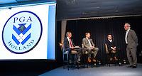 AMSTERDAM - Discussie tussen Jeroen Stevens (directeur NGF), Frank Kirsten (PGA) en Lodewijk Klootwijk (NVG) onder leiding van journalist Jan kees van der Velden. PGA , Professional Golf Association dagen bij Amstelborgh. FOTO KOEN SUYK
