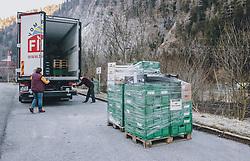 19.03.2020, Dorfgastein, AUT, Coronavirus in Österreich, Gasteinertal unter Quarantäne, im Bild Lebensmittellieferung von frischem Obst und Gemüse für das Gasteinertal. In Salzburg wurden die Gemeinde Flachau als auch das Gasteinertal und das Großarltal aufgrund des Coronavirus unter Quarantäne gestellt // Food supply of fresh fruit and vegetables for the Gastein Valley. In Salzburg, the village of Flachau and the Valleys Gastein and Grossarl are now under Quarantine due the coronavirus, Dorfgastein, Austria on 2020/03/13. EXPA Pictures © 2020, PhotoCredit: EXPA/ JFK