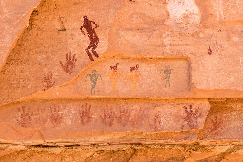 Ancestral puebloan rock art, Cedar Mesa, Utah.