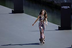 September 30, 2018 - Andie MacDowell attends Le Defile L'Oreal Paris as part of Paris Fashion Week Womenswear Spring/Summer 2019 on September 30, 2018 in Paris, France. (Credit Image: © Mehdi Taamallah/NurPhoto/ZUMA Press)