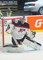 Ishockey<br /> VM 2015<br /> 02.05.2015<br /> Norge v USA 1:2<br /> Foto: imago/Digitalsport<br /> NORWAY ONLY<br /> <br /> BILDET INNGÅR IKKE I FASTAVTALENE PÅ NETT<br /> <br /> Goalie Connor Hellebuyck (USA)