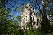 Scene outside the Natural History Museum in South Kensington. In a selected few boroughs of West London, wealth has changed over the last couple of decades. Traditionally wealthy parts of town, have developed into new affluent playgrounds of the super rich. With influxes of foreign money in particular from the Middle-East. The UK capital is home to more multimillionaires than any other city in the world according to recent figures. Boasting a staggering 4,224 'ultra-high net worth' residents - people with a net worth of more than $30million, or £19.2million.. London, England, UK.