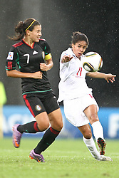 17.07.2010,  Augsburg, GER, FIFA U20 Womens Worldcup, England vs Mexico,  im Bild Rangel Nayeli (Mexico Nr.7) und Cuellar Renae (Mexico Nr.11) , EXPA Pictures © 2010, PhotoCredit: EXPA/ nph/ . Straubmeier+++++ ATTENTION - OUT OF GER +++++ / SPORTIDA PHOTO AGENCY