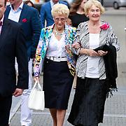 NLD/Tilburg/20110618 - Huwelijk Joris Mathijsen en Christel van Rijn, familieleden