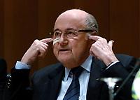 BILDET INNGÅR IKEK I FASTAVTALER. ALL NEDLASTING BLIR FAKTURERT.<br /> <br /> Fotball<br /> Foto: imago/Digitalsport<br /> NORWAY ONLY<br /> <br /> Zurich, Switzerland, 21 December 2015, suspended FIFA president Joseph Sepp Blatter at a press conference PK Pressekonferenz after the FIFA ethics committee banned him from football for eight years.