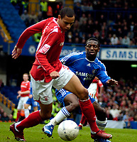 Photo: Ed Godden/Sportsbeat Images.<br /> Chelsea v Nottingham Forest. The FA Cup. 28/01/2007.<br /> Chelsea's Shaun Wright-Phillips (R), closes in on Nathan Tyson.