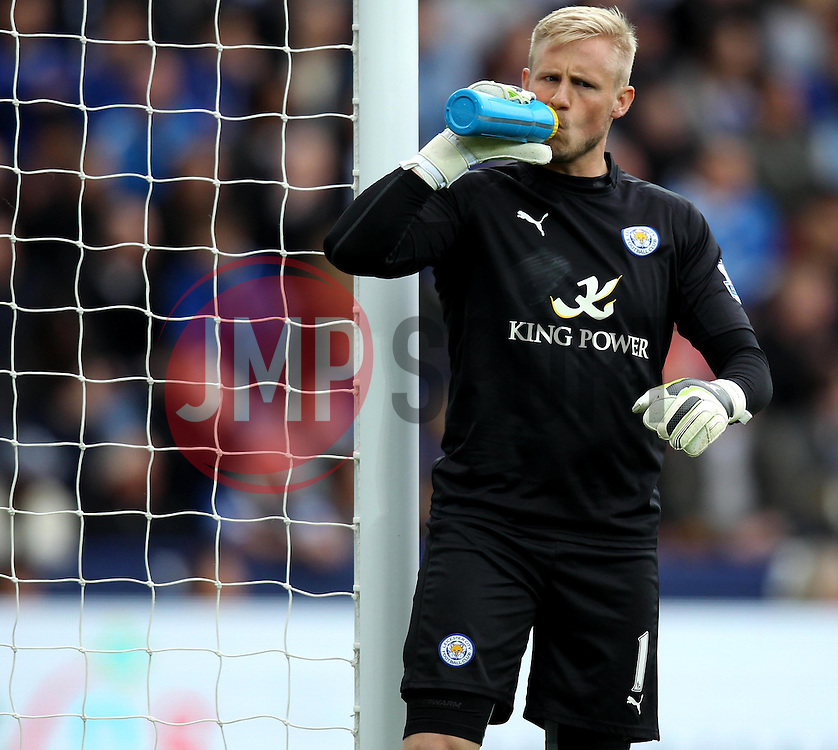 Leicester City's Kasper Schmeichel has a drink - Photo mandatory by-line: Robbie Stephenson/JMP - Mobile: 07966 386802 - 09/05/2015 - SPORT - Football - Leicester - King Power Stadium - Leicester City v Southampton - Barclays Premier League