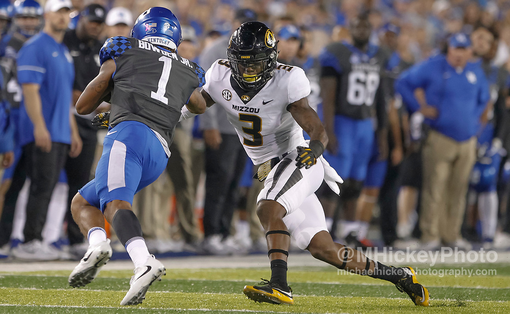 LEXINGTON, KY - OCTOBER 07: Ronnell Perkins #3 of the Missouri Tigers moves to make a tackle on Lynn Bowden Jr. #1 of the Kentucky Wildcats at Commonwealth Stadium on October 7, 2017 in Lexington, Kentucky. (Photo by Michael Hickey/Getty Images) *** Local Caption *** Ronnell Perkins; Lynn Bowden Jr.