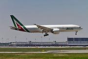 I-DISU Alitalia Boeing 777-243(ER) at Malpensa (MXP / LIMC), Milan, Italy