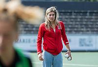 AMSTELVEEN -   Assistent Coach Kim Lammers (Amsterdam) voor  de hockey hoofdklasse competitiewedstrijd  dames, Amsterdam-Oranje Rood (2-1).  COPYRIGHT KOEN SUYK