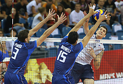 07.09.2014, Krakow Arena, Krakau, POL, FIVB WM, Italien vs USA, Gruppe D, im Bild SIMONE PARODI, DRAGAN TRAVICA (TYLEM), MATTHEW ANDERSON // during the FIVB Volleyball Men's World Championships Pool D Match beween Italy and USA at the Krakow Arena in Krakau, Poland on 2014/09/07. EXPA Pictures © 2014, PhotoCredit: EXPA/ Newspix/ Tomasz Markowski<br /> <br /> *****ATTENTION - for AUT, SLO, CRO, SRB, BIH, MAZ, TUR, SUI, SWE only*****