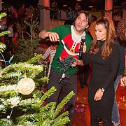 NLD/Hilversum/20151207- Sky Radio's Christmas Tree for Charity, Xander de Buisonje met Quinty Trustfull en Sharon Doorson