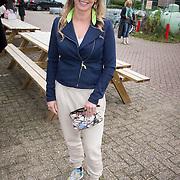 ** PRIVE,WEEKEND,STORY,PARTY OUT ** NLD/Utrecht/20151006 - Boekpresentatie Anne van Veen - 'Wie ik aan het zijn was', Babette van Veen