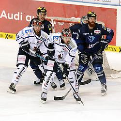 Vor dem Tor des ERC Ingolstadt<br /> Auf dem Bild 51 Timo Pielmeier (Torwart ERC Ingolstadt), 50 Thomas Pielmeier (Spieler ERC Ingolstadt), 26 Cody Sylvester (Spieler Iserlohn Roosters) und 8 Nicholas Petersen (Spieler Iserlohn Roosters) beim Spiel in der DEL, ERC Ingolstadt (blau) - Iserlohn Roosters (weiss).<br /> <br /> Foto © PIX-Sportfotos *** Foto ist honorarpflichtig! *** Auf Anfrage in hoeherer Qualitaet/Aufloesung. Belegexemplar erbeten. Veroeffentlichung ausschliesslich fuer journalistisch-publizistische Zwecke. For editorial use only.