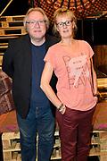 Open repetitie HAIR in de studio van Stage Entertainment.<br /> <br /> op de foto:  Carline Brouwer en Ad van Dijk
