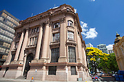 Porto Alegre_RS, Brasil..Santander Cultural esta localizado no centro de Porto Alegre, na Praca da Alfandega, em um edificio historico, Rio Grande do Sul, Brasil...Santander Cultural is located in Porto Alegre center, in Alfandega square, in a historical building, Rio Grande do Sul, Brazil...Foto: JOAO MARCOS ROSA / NITRO