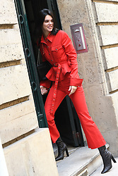 Kendall Jenner goes to Alexander Wang then have lunch at the Avenue Restaurant. Paris, France on July 23th, 2018. Photo by Clement Prioli/ABACAPRESS.COM