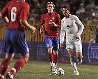 FOOTBALL - FRIENDLY GAME 2010 - ALGERIA v SERBIA - 03/03/2010 - PHOTO MOHAMED KADRI / DPPI - RAFIK HALLICHE (ALG) / MILOS KRASIC (SER)