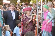 Koninginnedag 2007 in 's Hertogenbosch / Queensday 2007 in the city of 's Hertogenbosch Op de foto/On the photo:Koningin (queen) Beatrix en Willem Alexander