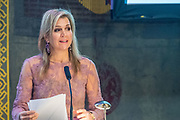 Koningin Maxima spreekt in de Ridderzaal ter gelegenheid van het 10-jarig jubileum van het platform Wijzer in geldzaken. De koningin is erevoorzitter van het platform.<br /> <br /> Queen Maxima speaks in the Ridderzaal on the occasion of the 10-year jubilee of the platform Wiser in Money. The Queen is honorary chairman of the platform.