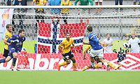 tippeliga, eliteserie, fotball, start, molde, 03.august, 2014<br />Håkon Opdal, Start<br />Fredrik Gulbrandsen, Molde<br />Foto: Ole Fjalsett