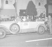 1973 Danny Thomas in Santa Clause Lane Parade