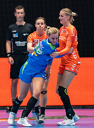 Barbara Lazovic of Slovenia, Inger Smits of Netherlands, Kelly Dulfer of Netherlands in action during the Women's friendly match between Netherlands and Slovenia at De Maaspoort on march 19, 2021 in Den Bosch, Netherlands (Photo by RHF Agency/Ronald Hoogendoorn)