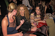 Elize du Toit, Natasha Corrett with her mother Kelly Hoppen, Lancome Colour Design Awards, Ex-Saatchi gallery, 17 November 2004. ONE TIME USE ONLY - DO NOT ARCHIVE  © Copyright Photograph by Dafydd Jones 66 Stockwell Park Rd. London SW9 0DA Tel 020 7733 0108 www.dafjones.com