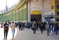 DEU, Deutschland, Germany, Berlin, 12.05.2019: Fest der Luftbrücke auf dem Flughafen Tempelhof anlässlich des 70. Jahrestags des Endes der sowjetischen Blockade von West-Berlin. Eingang zu Hangar 5.