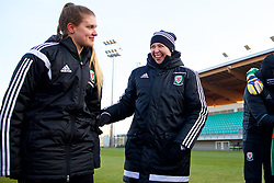 ZENICA, BOSNIA AND HERZEGOVINA - Tuesday, November 28, 2017: Wales' manager Jayne Ludlow celebrates the 1-0 victory over Bosnia and Herzegovina during the FIFA Women's World Cup 2019 Qualifying Round Group 1 match between Bosnia and Herzegovina and Wales at the FF BH Football Training Centre. (Pic by David Rawcliffe/Propaganda)