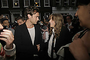 JUDE LAW AND PATTI SMITH, Photos by Robert Mapplethorpe: Still Moving & Lady, Alison Jacques Gallery, 4 Clifford Street, London, W1, Dinner afterwards at the  The Dorchester with performance by Patti Smith, 7 September 2006.  ONE TIME USE ONLY - DO NOT ARCHIVE  © Copyright Photograph by Dafydd Jones 66 Stockwell Park Rd. London SW9 0DA Tel 020 7733 0108 www.dafjones.com
